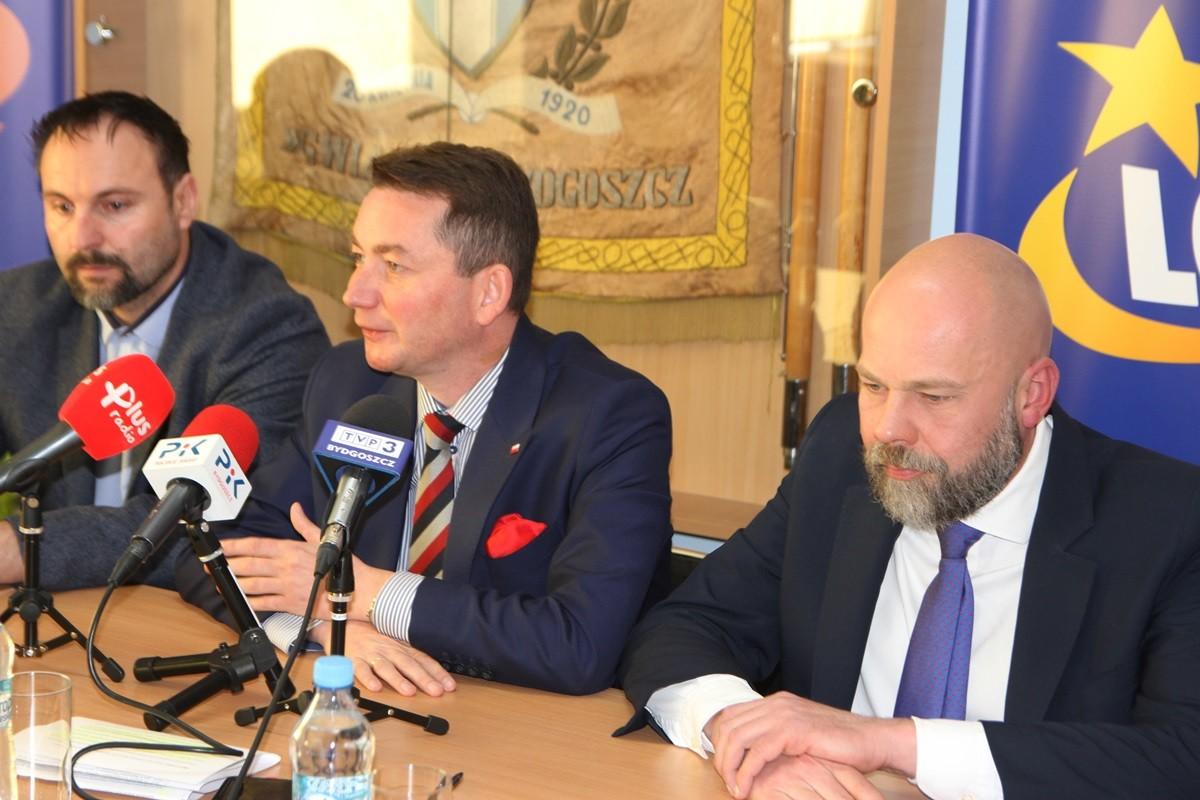 Zbigniew Leszczyński, Tomasz Rega, Robert Sikorski_ konferencja Zooleszcz Gwiazdy Bydgoszcz_ SF