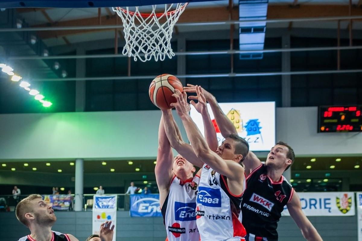 I liga koszykarzy_ Enea Astoria Bydgoszcz-WKK Wrocław_ Ryszard Wszołek (8)