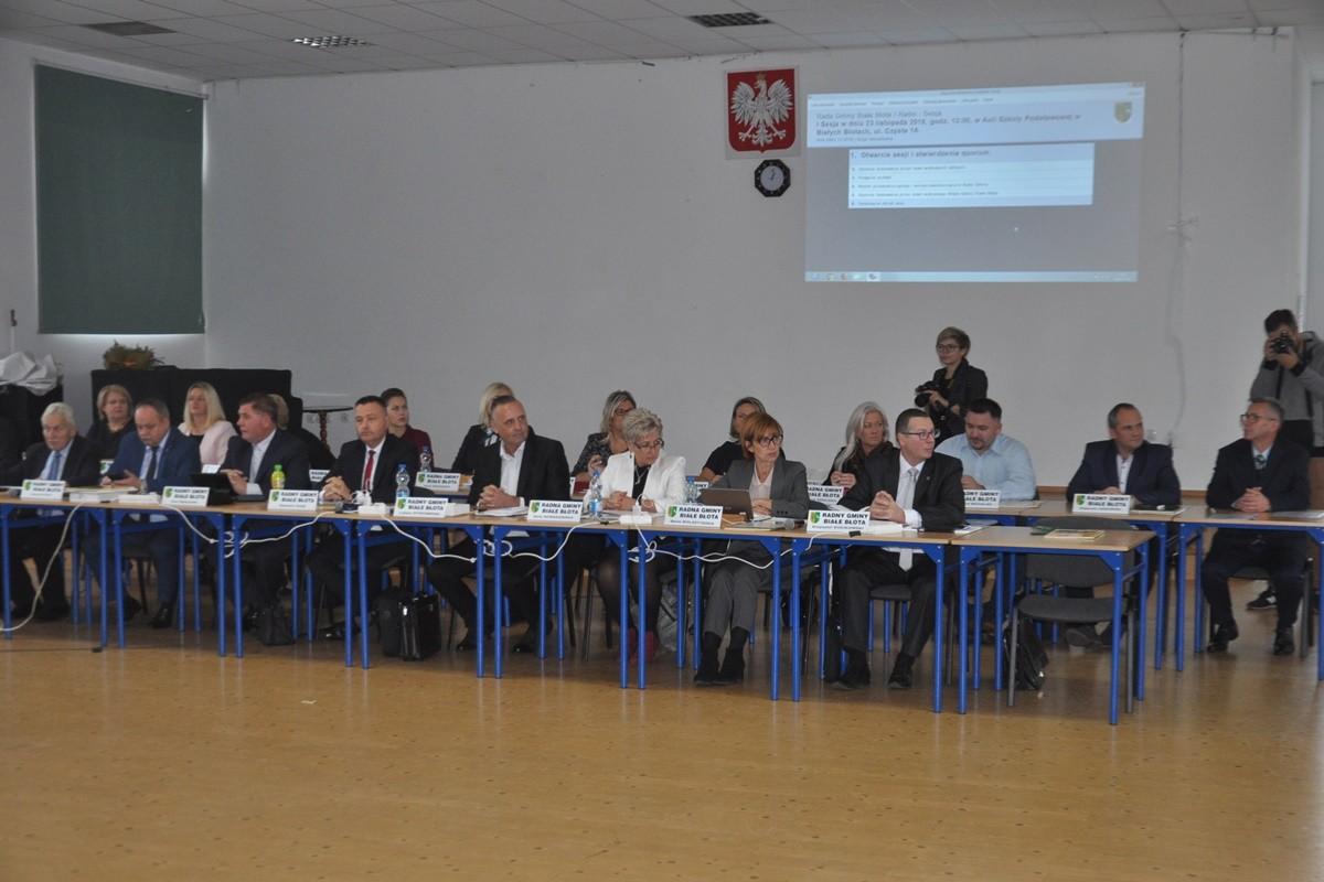 I sesja Rady Gminy Białe Błota VIII kadencji_ SF
