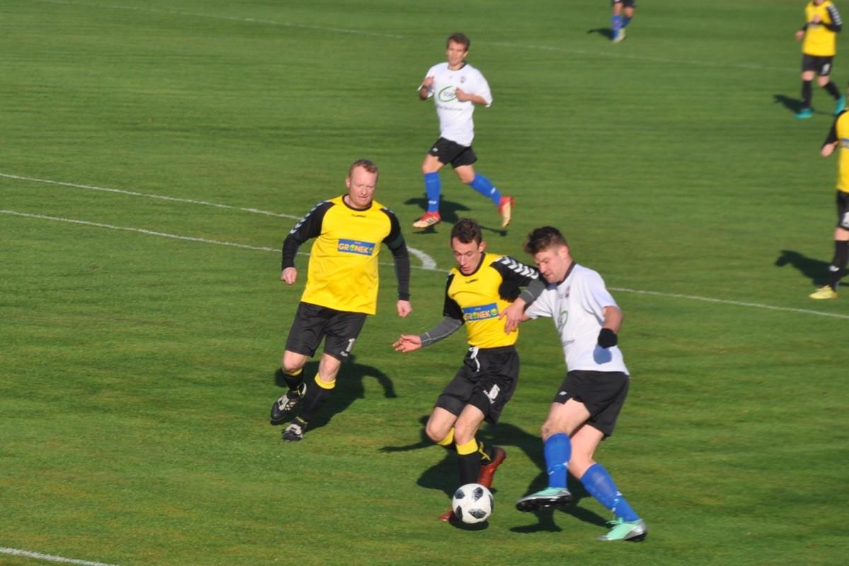 LKS Szubinianka-LTP Lubanie_ klasa okręgowa, grupa II piłki nożnej-SF (5)