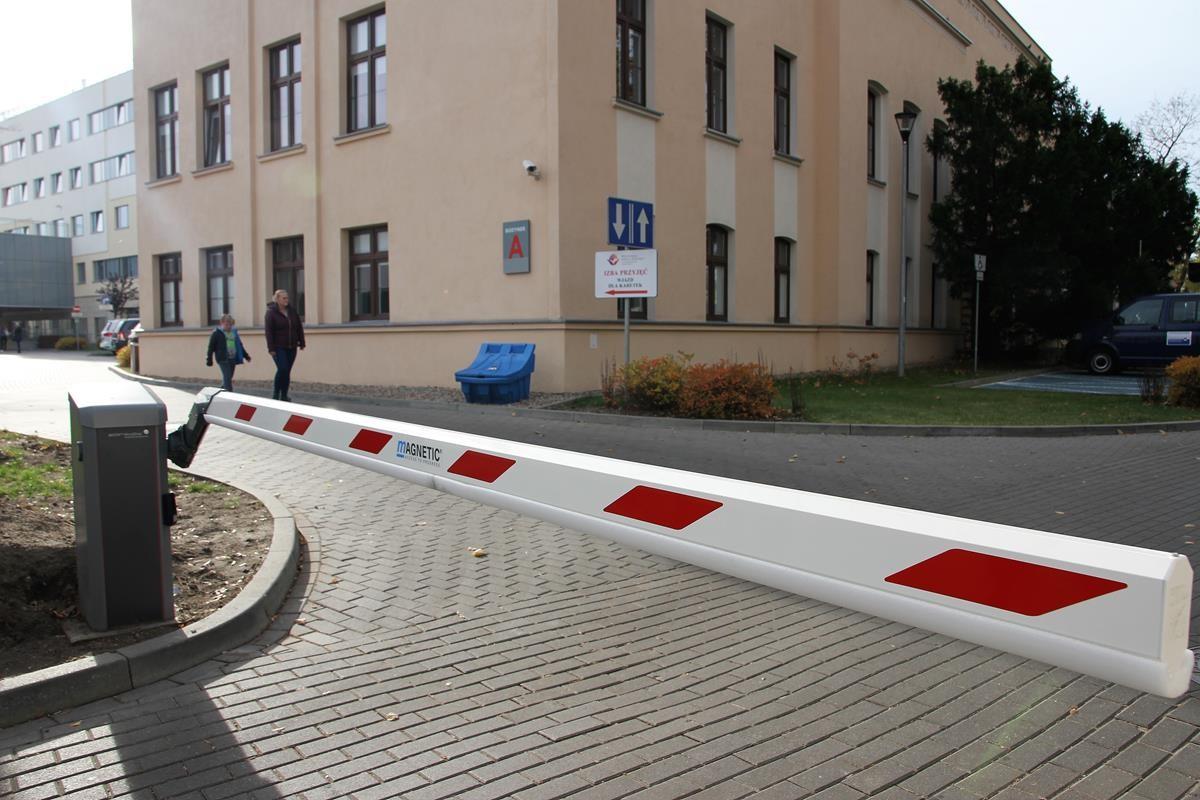 Wojewódzki Szpital Dziecięcy-wjazd_SG (2)