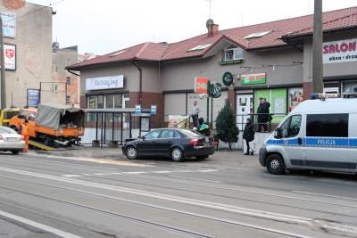 Wypadek Nakielska-przystanek_SG (8)