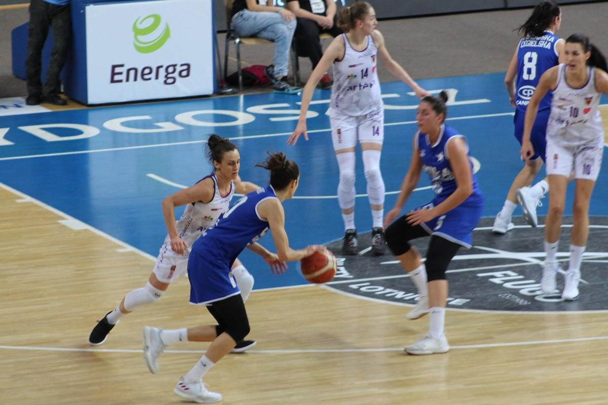 Energa Basket Liga Kobiet_ Artego Bydgoszcz-Wisła Can-Pack Kraków_ Artego Arena Bydgoszcz_ JS, SF (1)