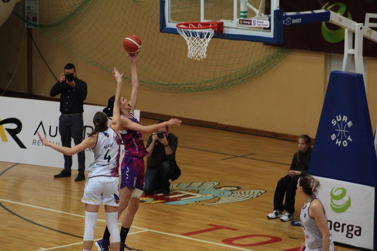 Energa Basket Liga Kobiet_ Energa Toruń-Artego Bydgoszcz_ Hala Sportowa Spożywczak Toruń_ Dragana Stanković, Begić_ SF