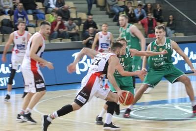 I liga koszykarzy_ Enea Astoria Bydgoszcz-FutureNet Śląsk Wrocław_ Artego Arena Bydgoszcz_Paweł Śpica_ SF