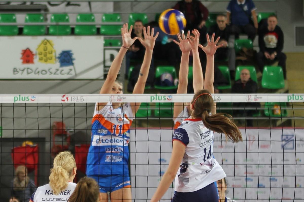 Liga Siatkówki Kobiet_ Bank Pocztowy Pałac Bydgoszcz-E.Leclerc Radomka Radom_ Monika Fedusio_ SF (2)