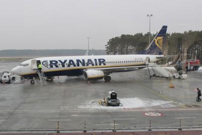 Samolot RyanAir_ Port Lotniczy Bydgoszcz_ SF