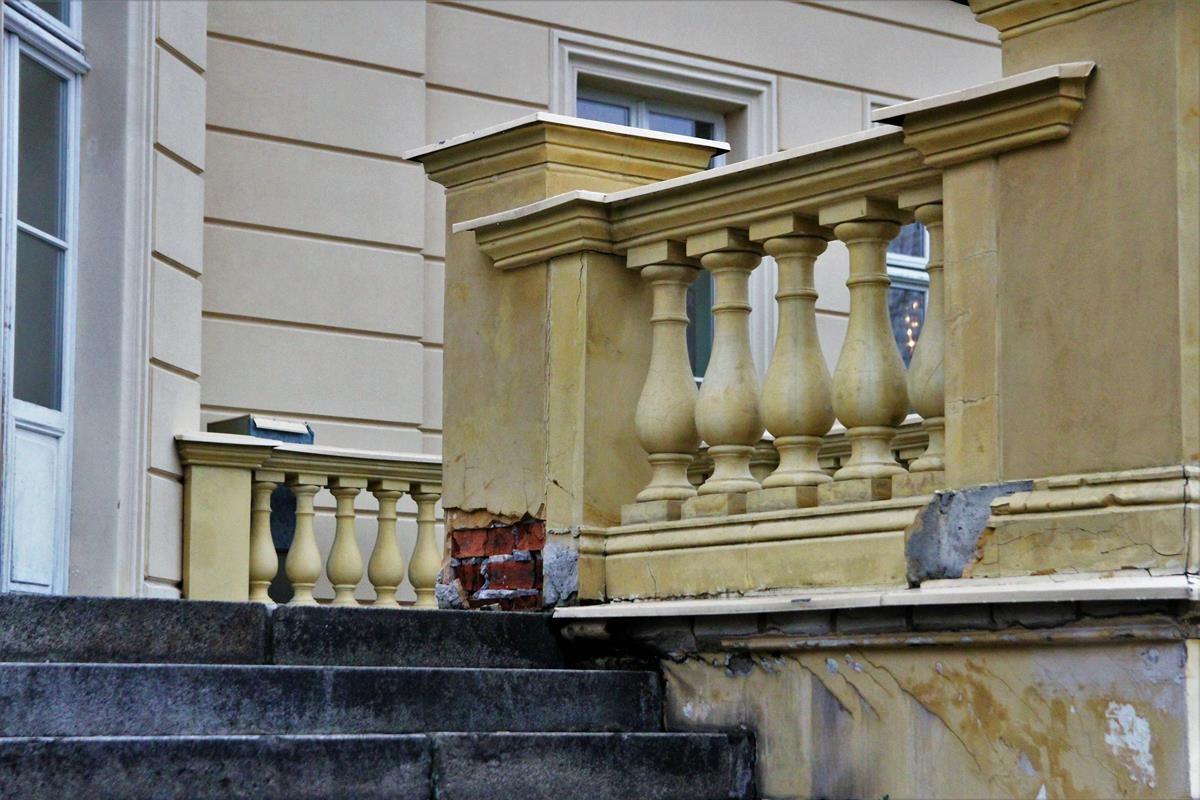 Zniszczenia Pałacu Nowego w Ostromecku_SG (7)