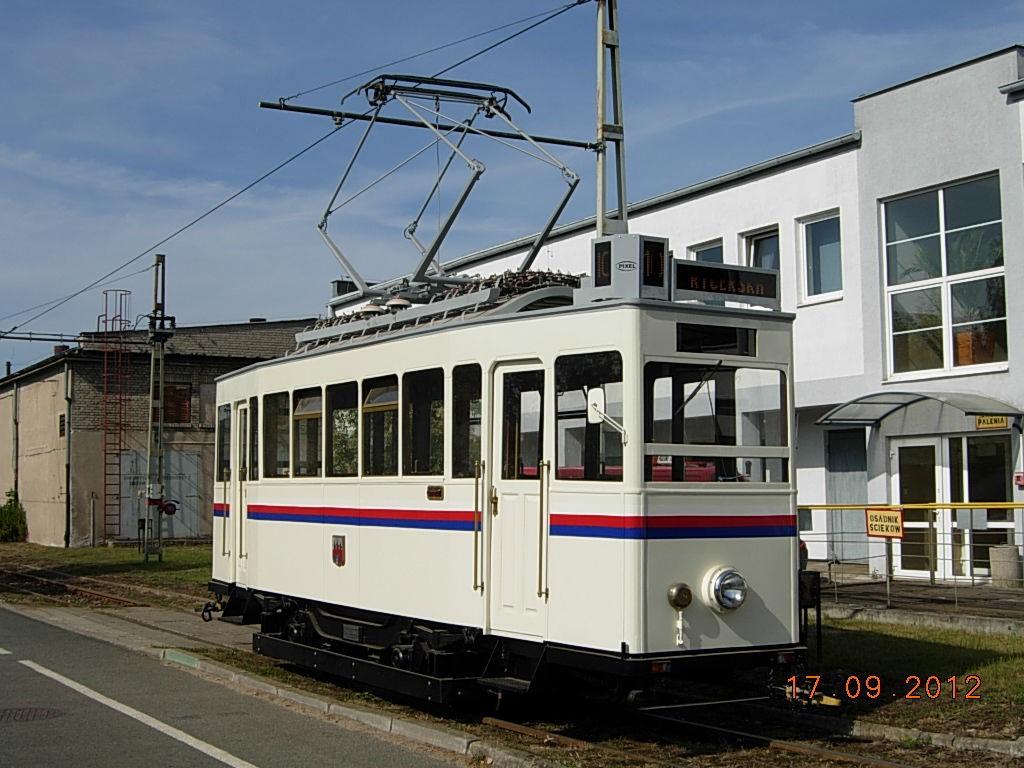 linia na dworzec 7 - SS