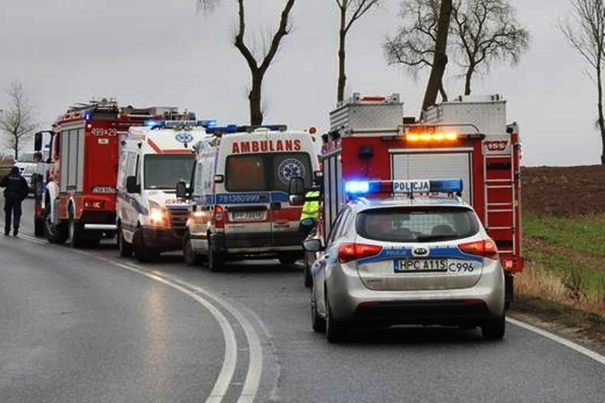policja, straż pożarna, ambulans - na sygnale_ Zk