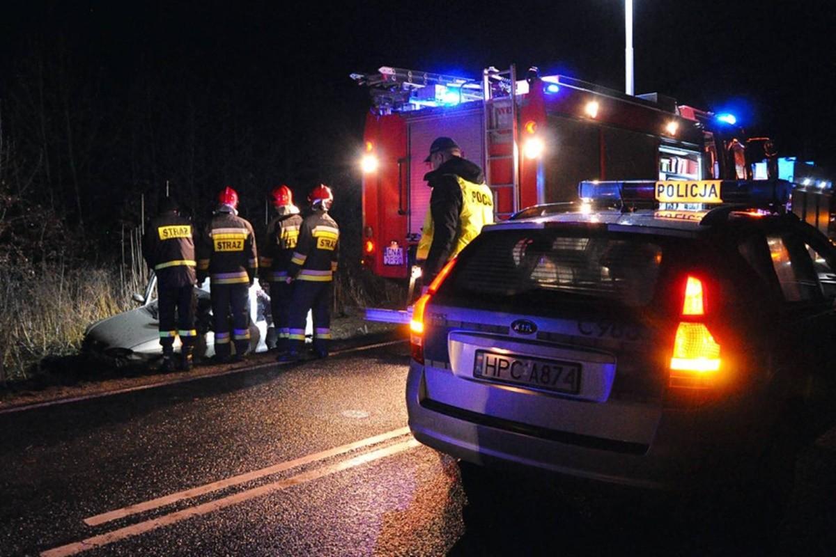 policja, straż pożarna_ na sygnale_ -1 MR