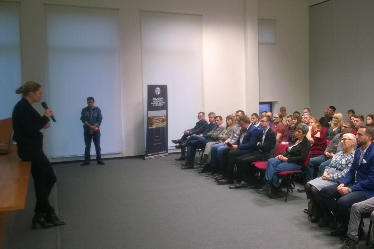 Barbara Nowacka_ konferencja w UKW Bydgoszcz_ SF