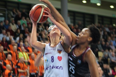 Energa Basket Liga Kobiet_ Artego Bydgoszcz - Energa Toruń_ Elżbieta Międzik - Nirra Fields_ SF