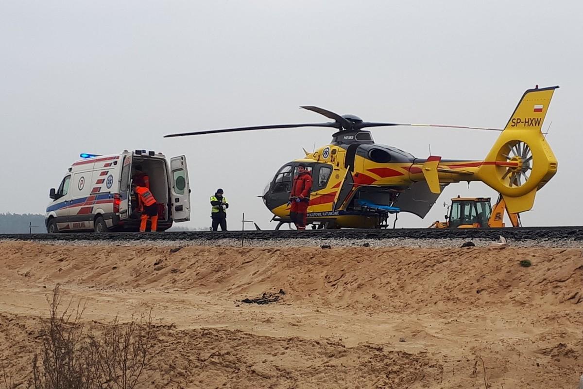 ambulans, śmigłowiec Lotniczego Pogtowia Ratunkowego_ na sygnale - MR