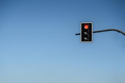 sygnalizacja świetlna droga pixabay