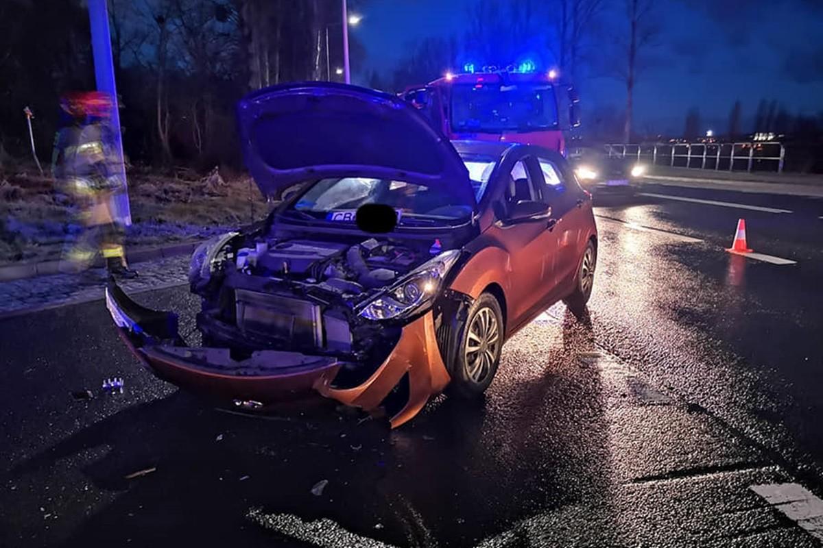 wypadek Nowotoruńska-Kielecka_ Pomoc Drogowa Krystian Andruszczenko