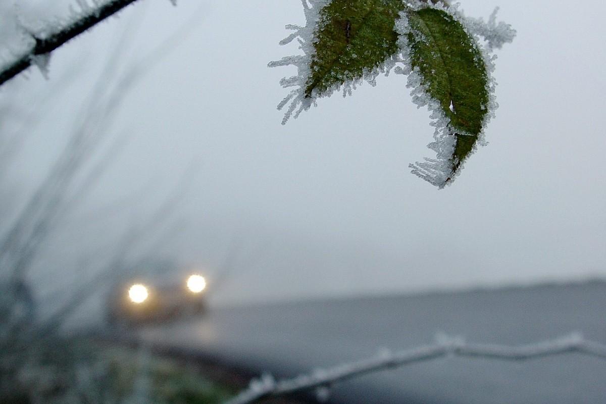 zima lód oblodzenie pogoda pixabay