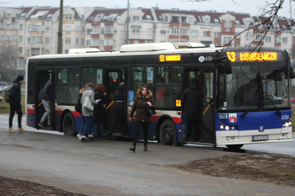 Autobus_ linia 53 - kierunek Łukasiewicza_ SF