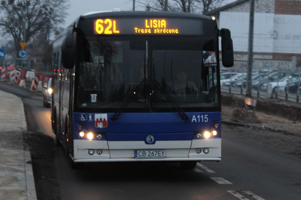 Autobus_ linia 62L - kierunek Lisia_ JS