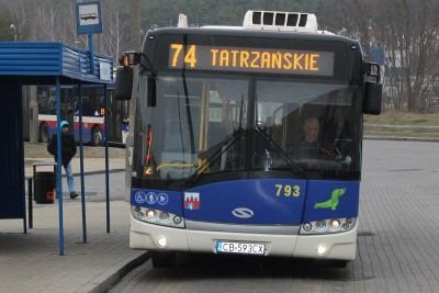 Autobus_ linia 74 - kierunek Tatrzańskie_ JS