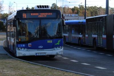 Autobus_ linia za T8_ kierunek rondo Toruńskie - Bełzy_ JS