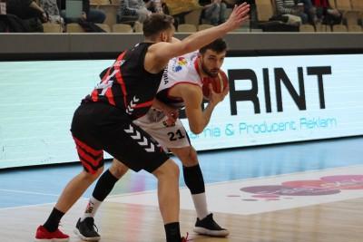 I liga koszykarzy_ Enea Astoria Bydgoszcz - STK Czarni Słupsk_ Paweł Śpica - Szymon Rduch_ SF