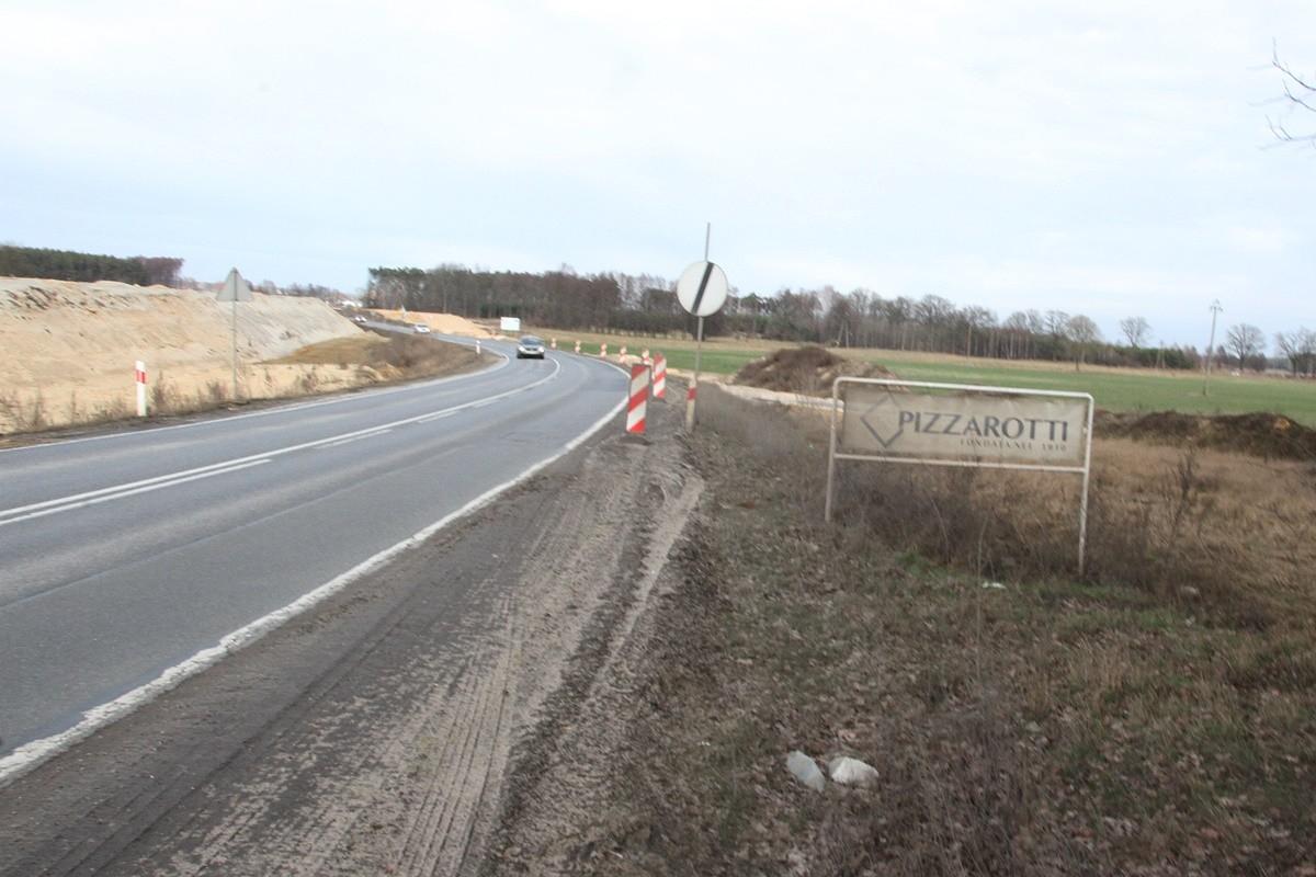 Impresa Pizzarotti - szyld_ budowa drogi S5_odcinek Białe Błota - Szubin_ SF (2)