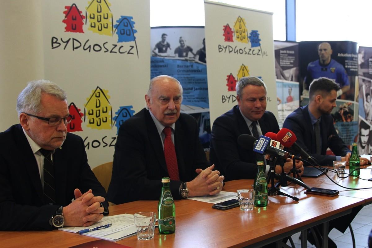Waldemar Keister, Eugeniusz Nowak, Rafał Bruski, Tomasz Dobrowolski - SF
