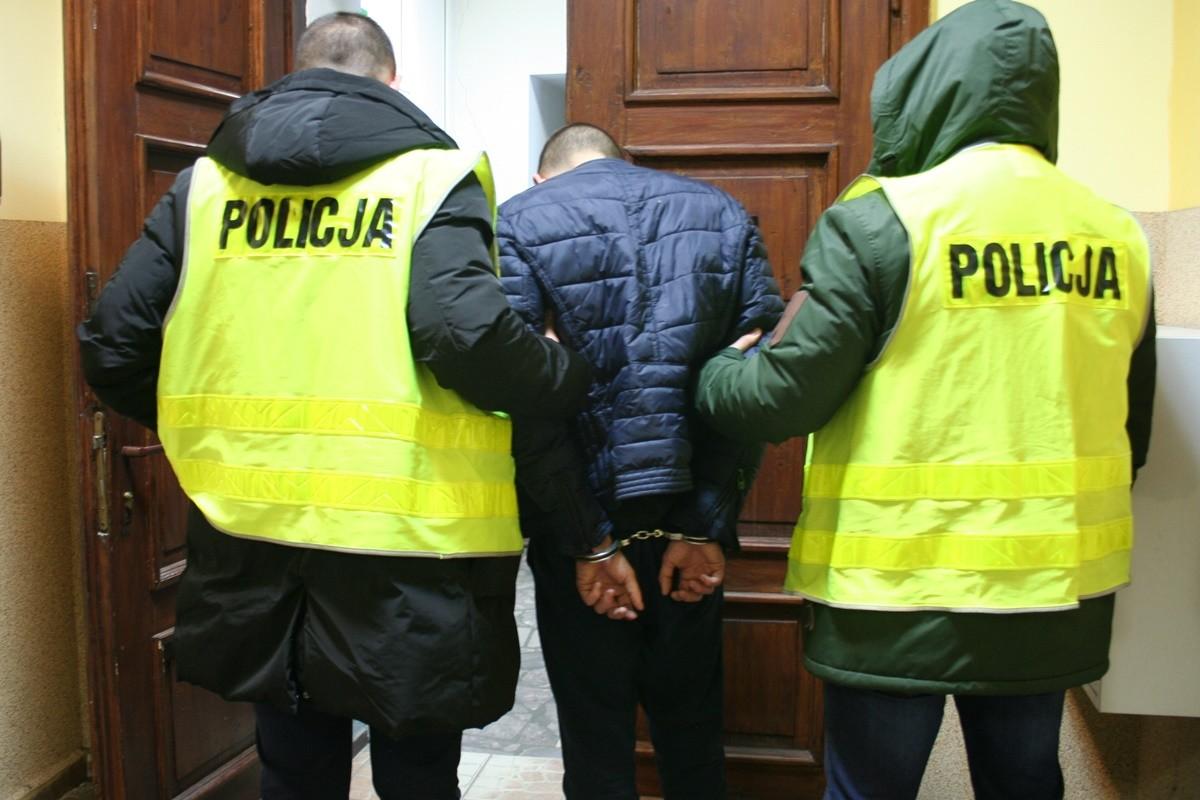 zatrzymanie podejrzanych_ KPP Żnin (2)
