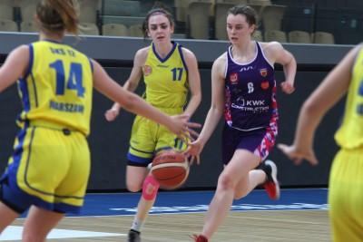 Ćwierćfinał mistrzostw Polski U-18 koszykarek_ Basket 25 Bydgoszcz - SMS Warszawa - SF