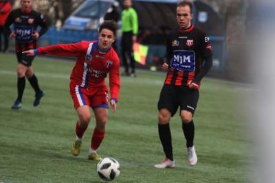 16-03-19 IV liga piłki nożnej_ KP Polonia Bydgoszcz - Pomorzanin Toruń - SF (3)