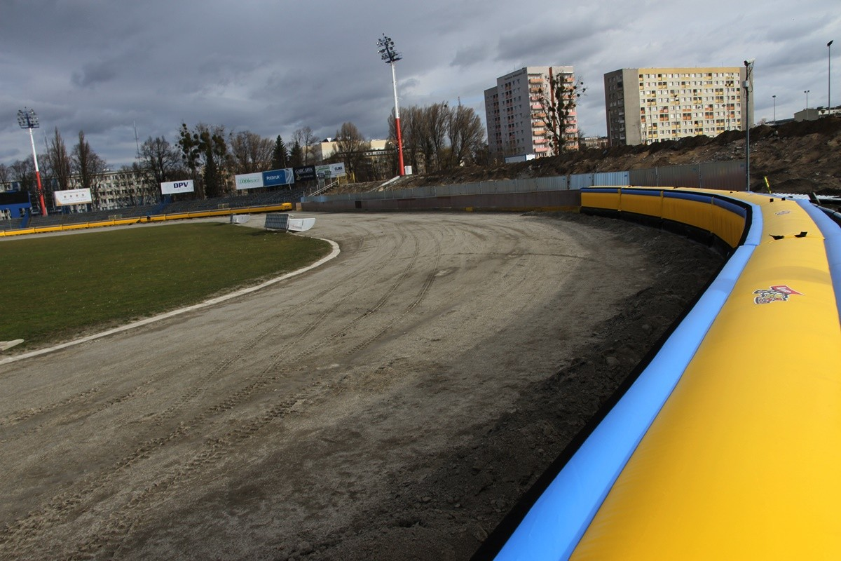 8-03-2019 Bandy dmuchane na stadionie Polonii_ Sportowa 2 - SF