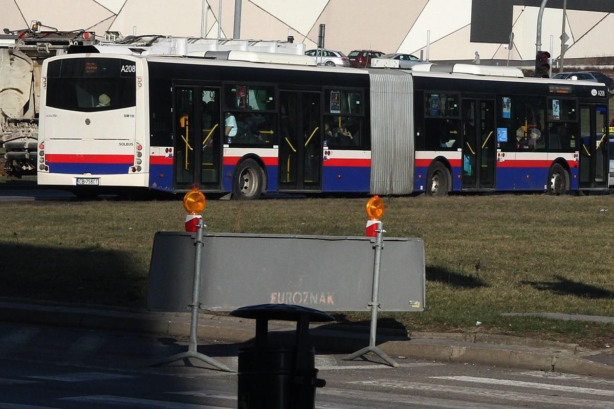Autobus_ linia 56P - kierunek Park Przemysłowy Biurowiec - rondo Kujawskie - SF