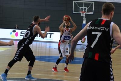 I liga koszykarzy_ Enea Astoria Bydgoszcz - GKS Tychy_ Paweł Śpica - SF