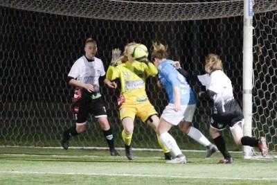 I liga piłki nożnej kobiet_ KKP Bydgoszcz - Unifreeze Górzno - AR (28)