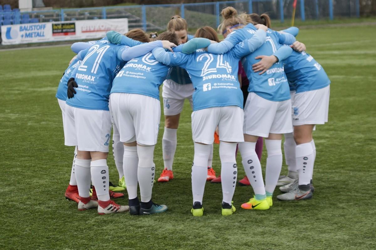 I liga piłki nożnej kobiet_ KKP Bydgoszcz - Unifreeze Górzno - AR (4)