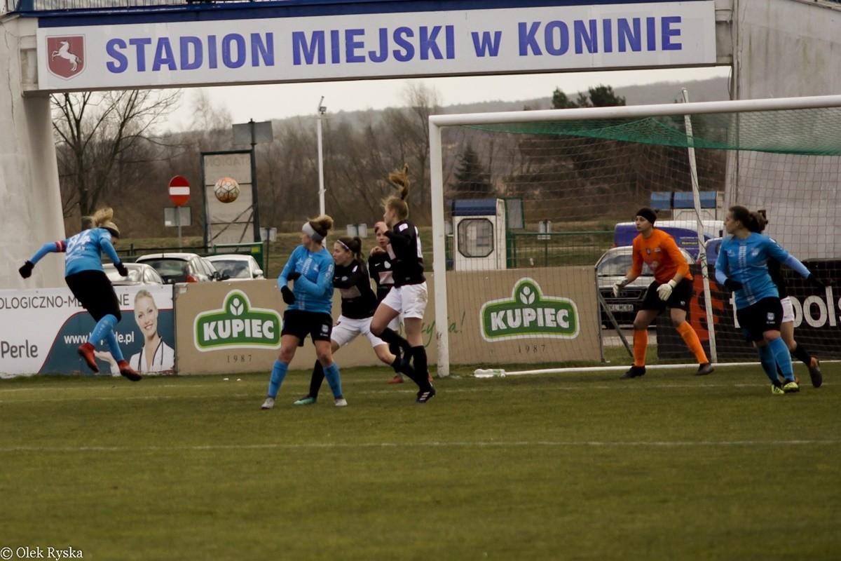I liga piłki nożnej kobiet_ Medyk II Konin - KKP Bydgoszcz - AR (25)