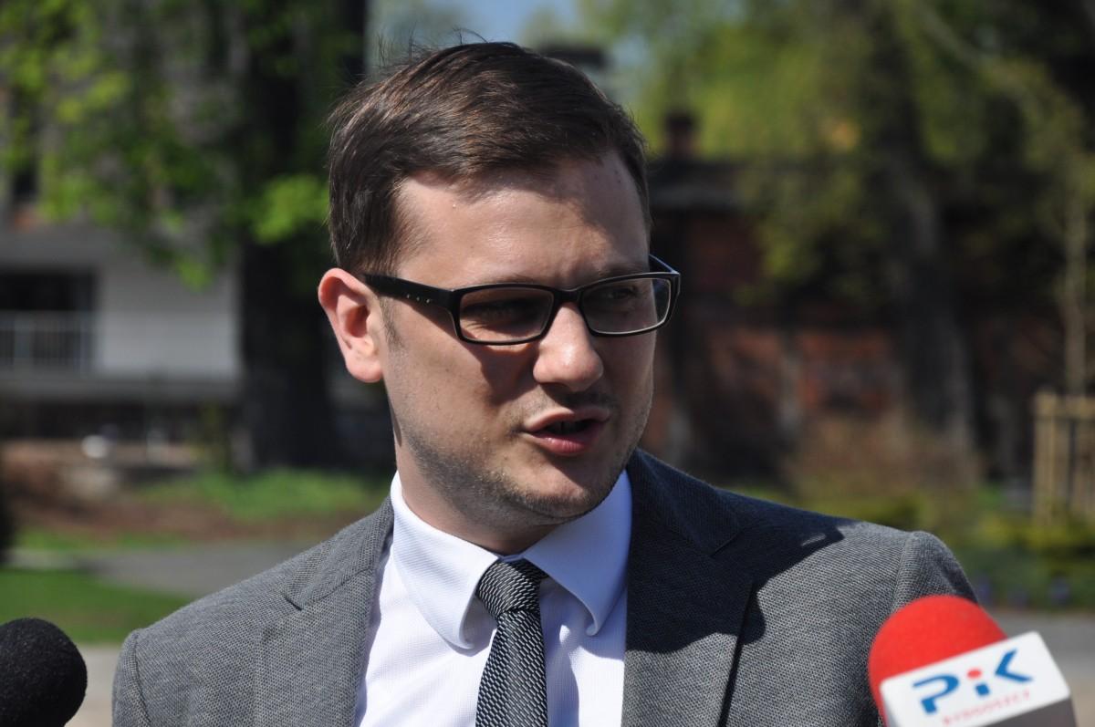Michał Sztybel - ST (2)