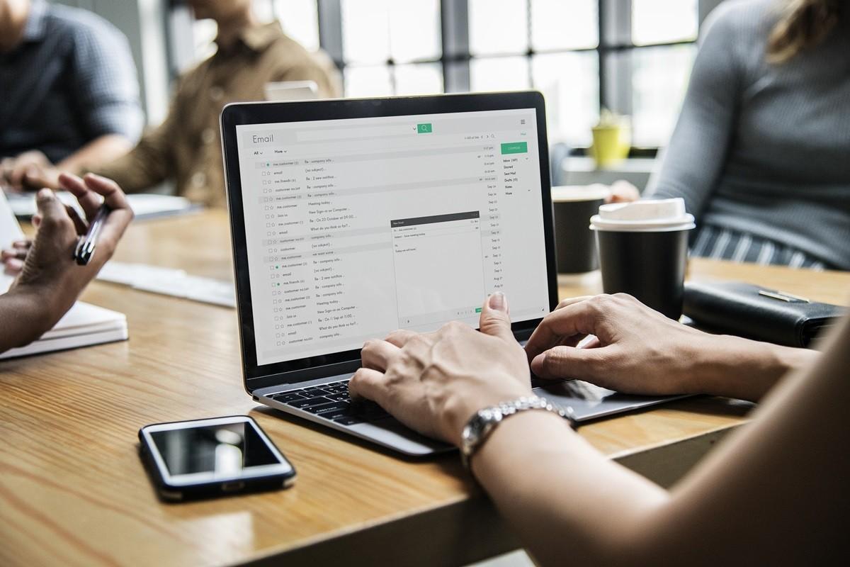 biuro, komputer, mail - pixabay