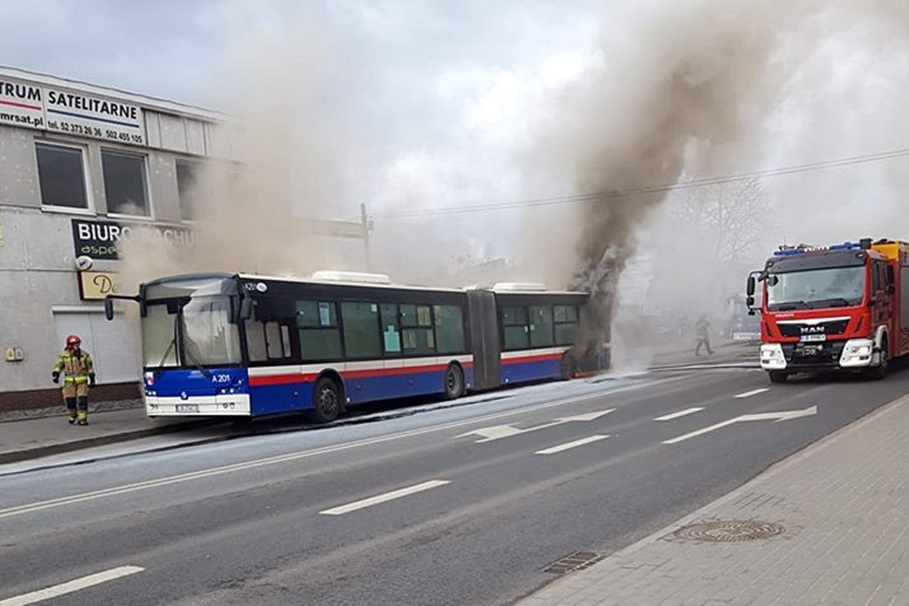 piekna, pożar autobusu - nadesłane