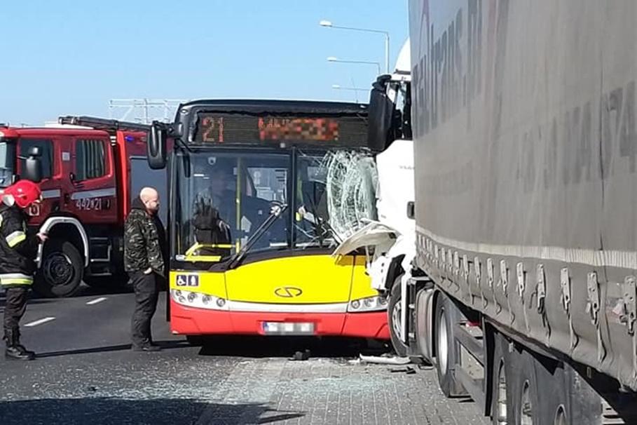 wypadek DK55 Grudziądz_Tir Bus Osobowe Pomoc Drogowa Piątkowski