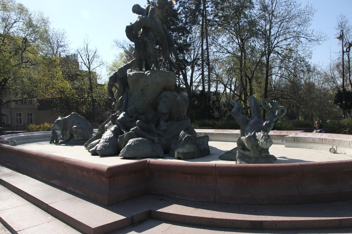 Fontanna Potop - plac Wolności Bydgoszcz - SF