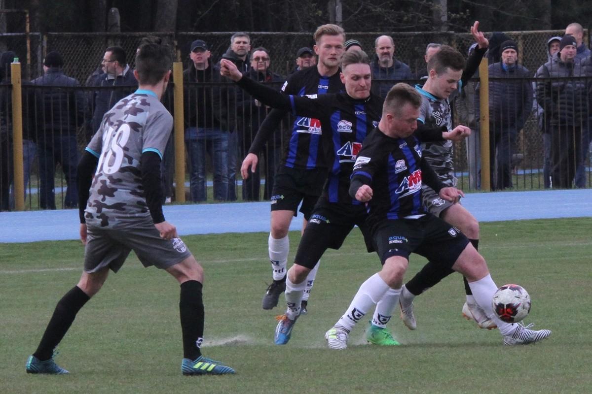 Klasa okręgowa piłki nożnej_ SP Zawisza Bydgoszcz - Sportis SFC Łochowo - SF (46)