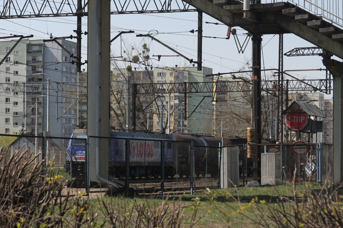 Pociąg towarowy_ przejazd dworzec kolejowy Bydgoszcz Bielawy - SF