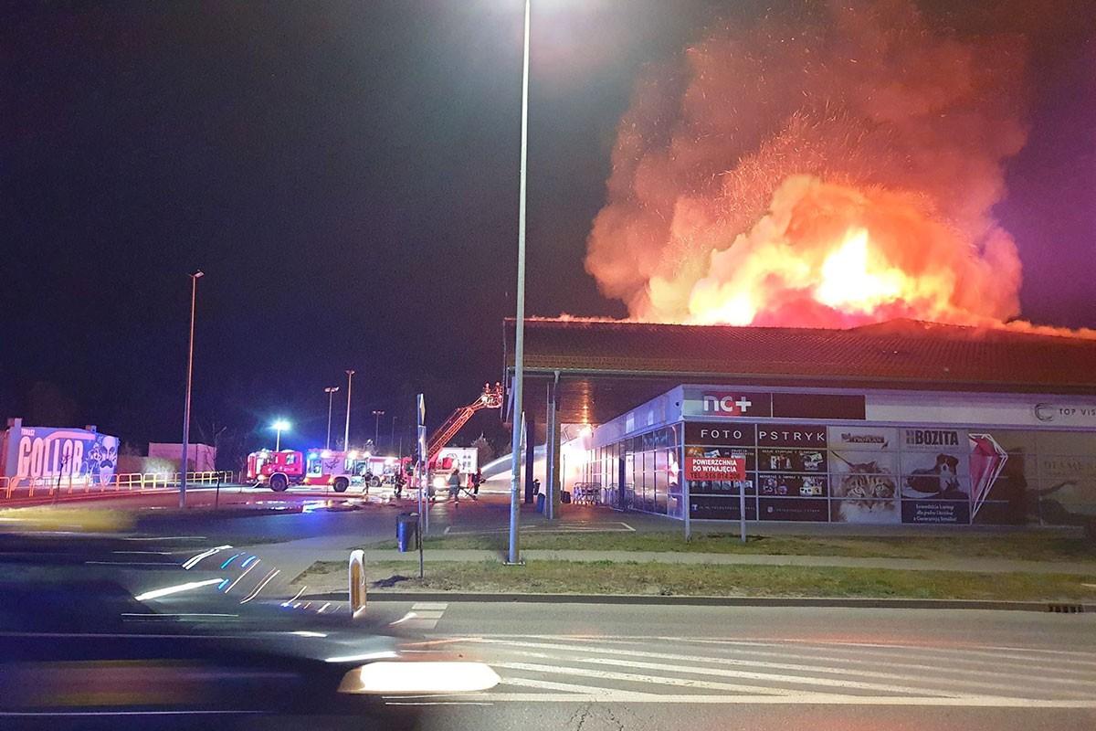 pożar marketu Mila Bydgoszcz