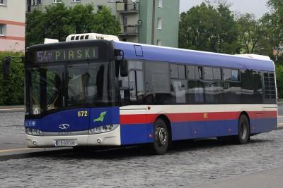 Autobus - linia 54, kierunek Piaski - przystanek osiedle Błonie - SF