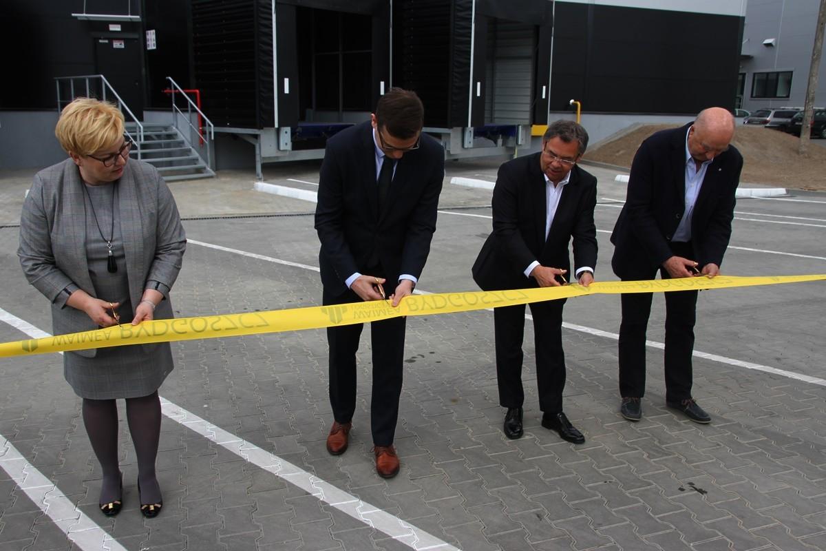 Edyta Wiwatowska, Michał Sztybel, Andrzej Rosiński - otwarcie PEKAES w Waimea Logistic Bydgoszcz - SF