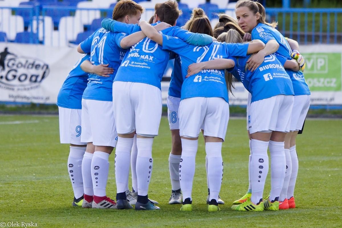 I liga piłki nożnej kobiet_ KKP Bydgoszcz - Piastovia Piastów_ AR (3)