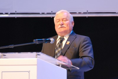 Lech_Wałęsa,_Łódź_VIII_European_Economic_Forum,_October_2015_01