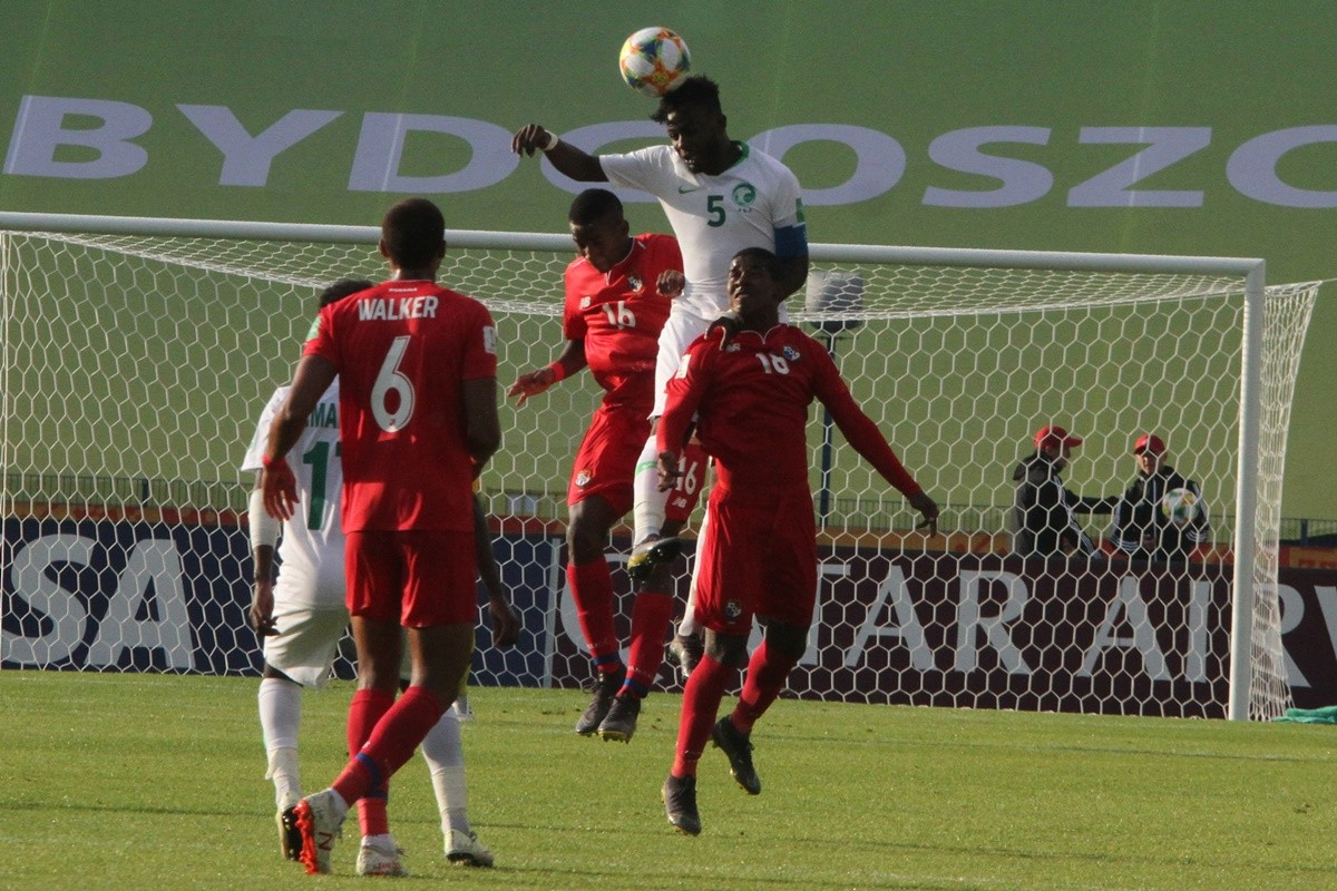 Mistrzostwa Świata w piłce nożnej U-20, grupa E - 3 kolejka Arabia Saudyjska-Panama  - SF (12)